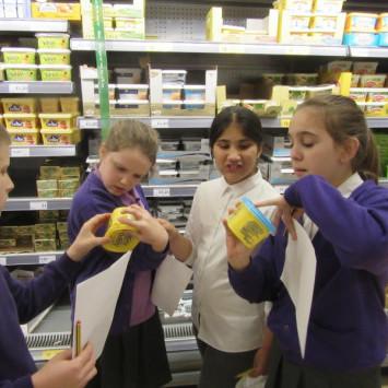Year 6 children cook shortbread biscuits