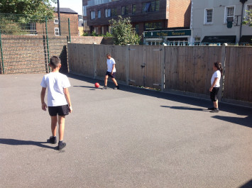 Football Skills in 5J