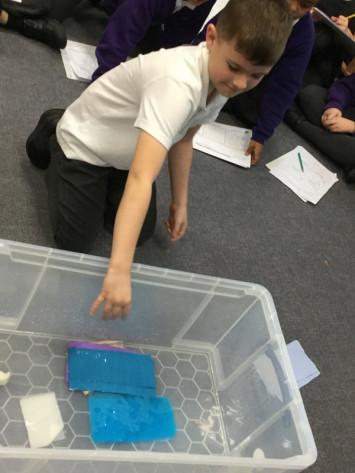 Investigating Paper in 3R