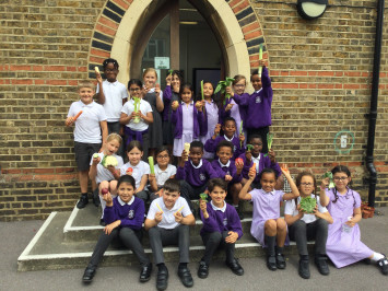 3L learn about fruit and vegetables in Science