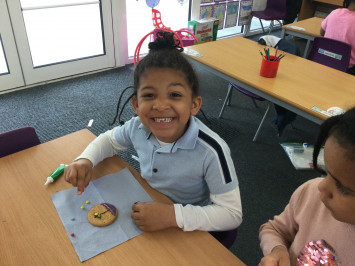 1S Make Iced Sea Biscuits