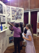 Years 5 & 6 Visit Art Exhibition at BSfG